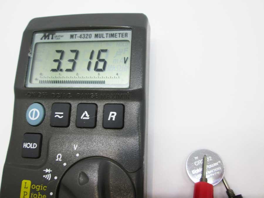 新CR3020の電圧