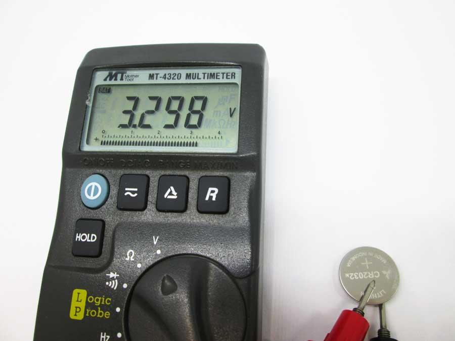 旧CR3020の電圧