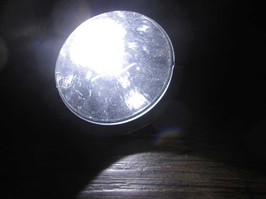 2WAY ハンディランタン LED 正面