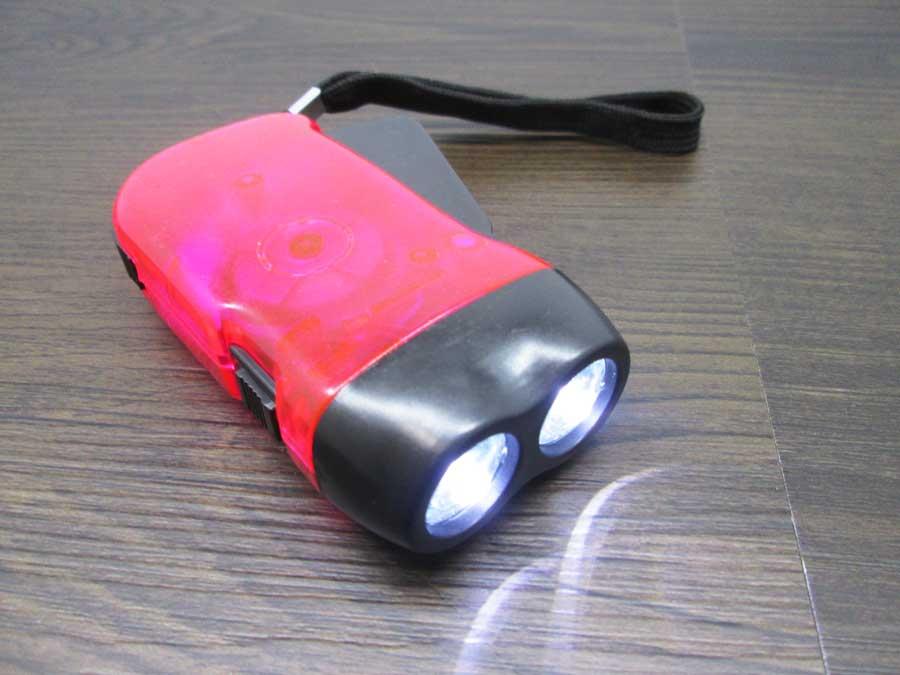 手動発電2LEDライト