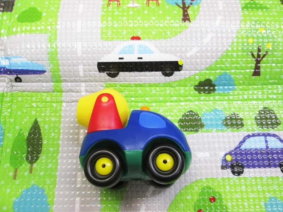 フロアークッションマット MIKIHOUSEミキサー車