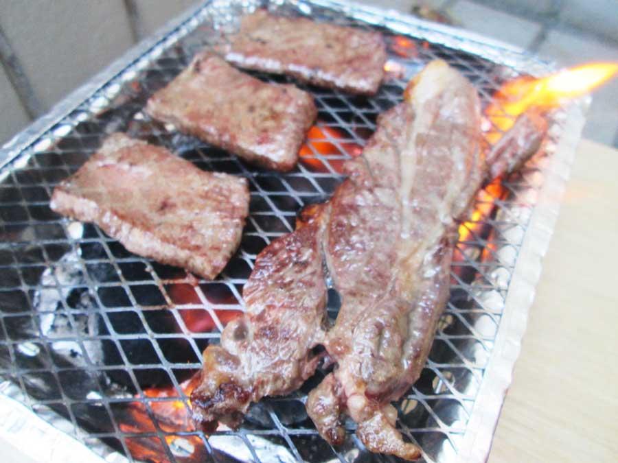 インスタントコンロ 牛肉3