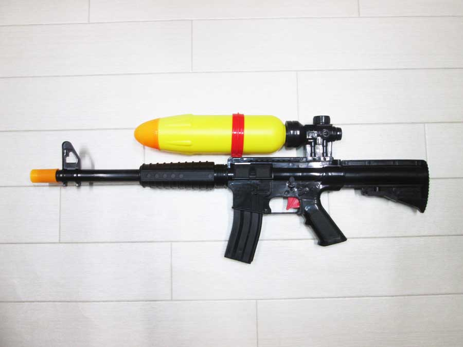 水鉄砲修理 DAISO M4 2