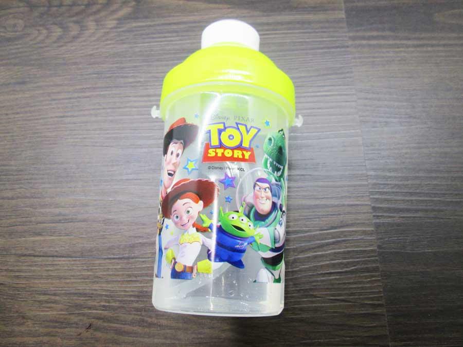 セリア toy story 水筒 中身11