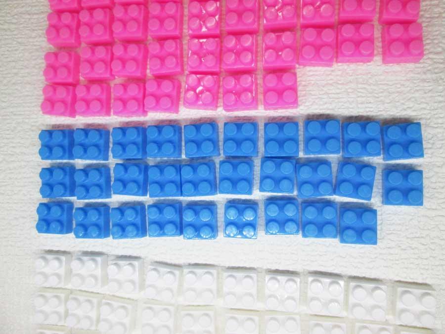 DAISO 300円 ブロック 2×2 青色