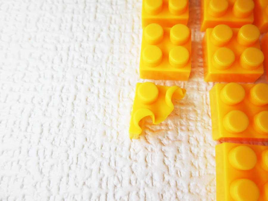 DAISO 300円 ブロック 2×2 黄色半分
