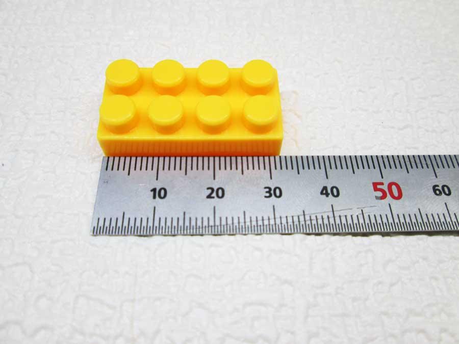 DAISO 300円 ブロック 2×4 寸法