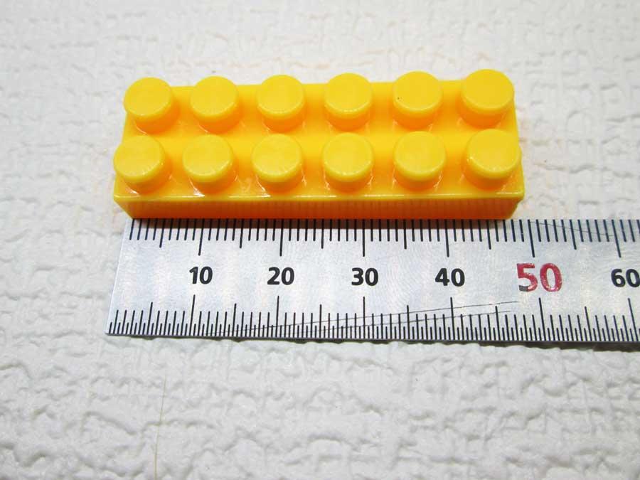 DAISO 300円 ブロック 2×6 寸法