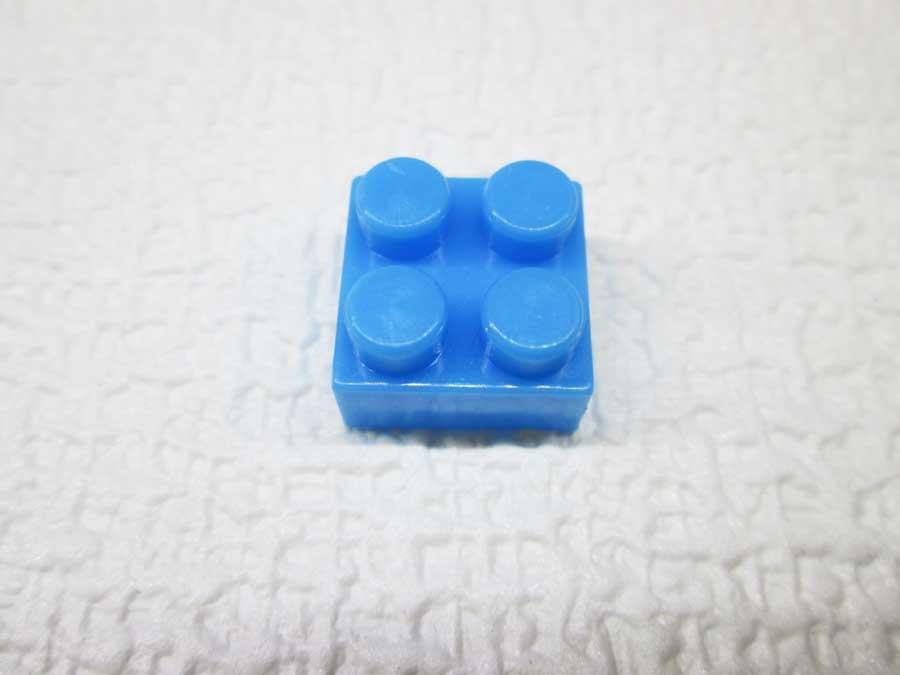 DAISO 300円 ブロック 2×2 青色2