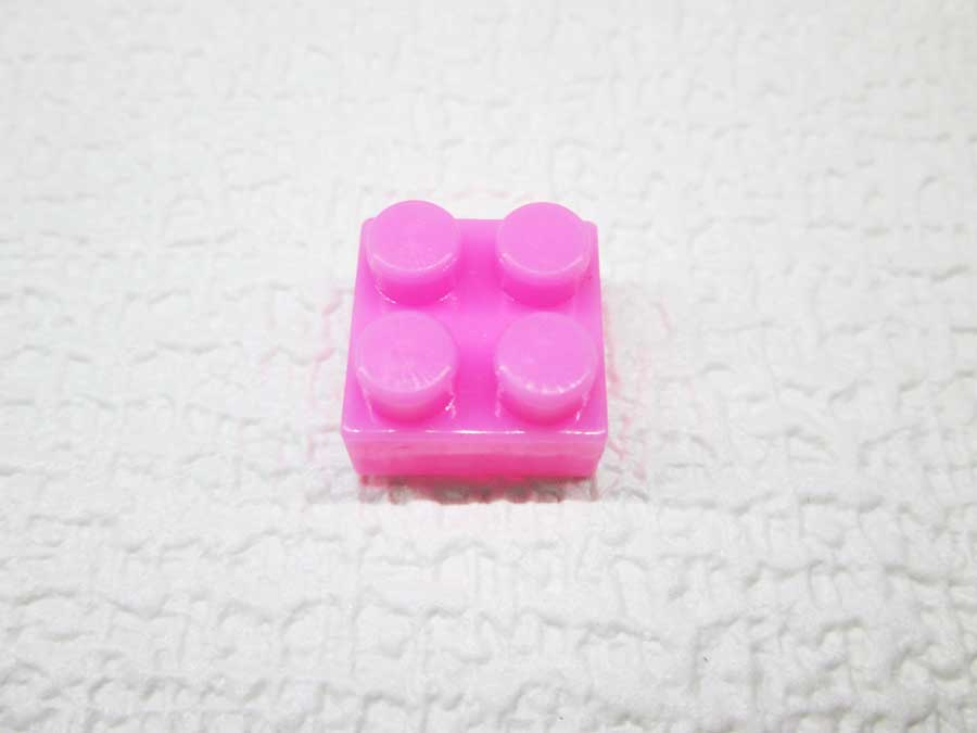DAISO 300円 ブロック 2×2 ピンク色2