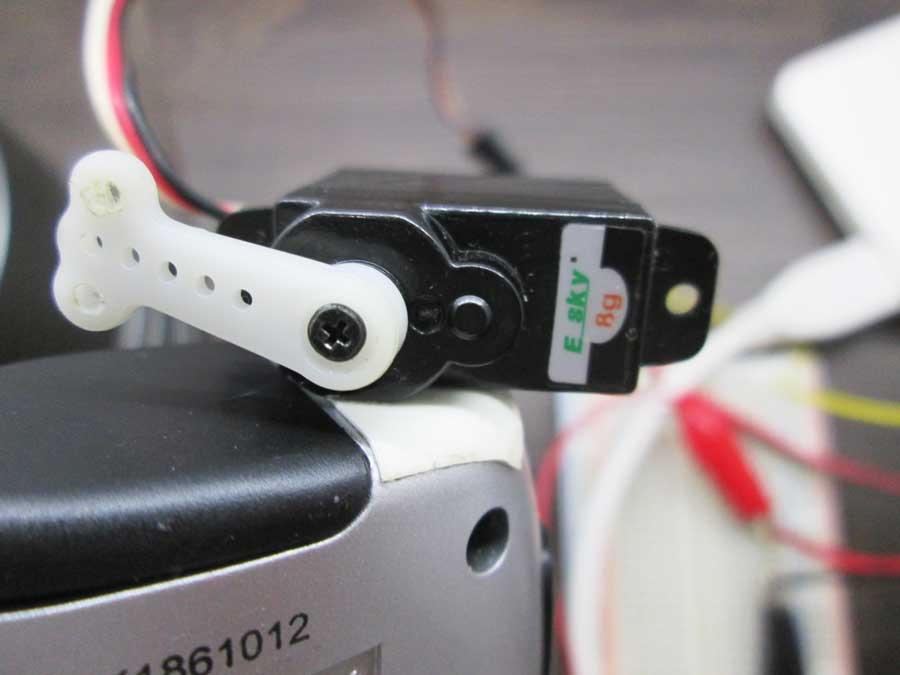 ダイソー 6SMD 伸縮ランタン 点灯実験4