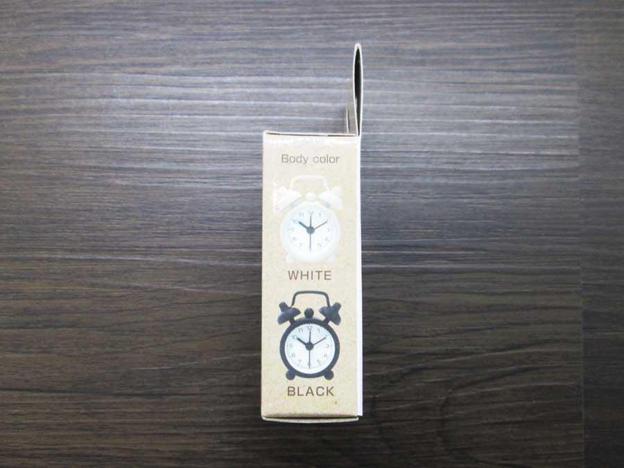 ダイソー ミニ目覚まし時計 パッケージ側面1