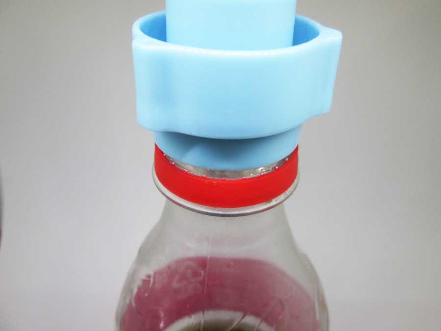 ダイソー 炭酸を逃がしま栓 使い方1