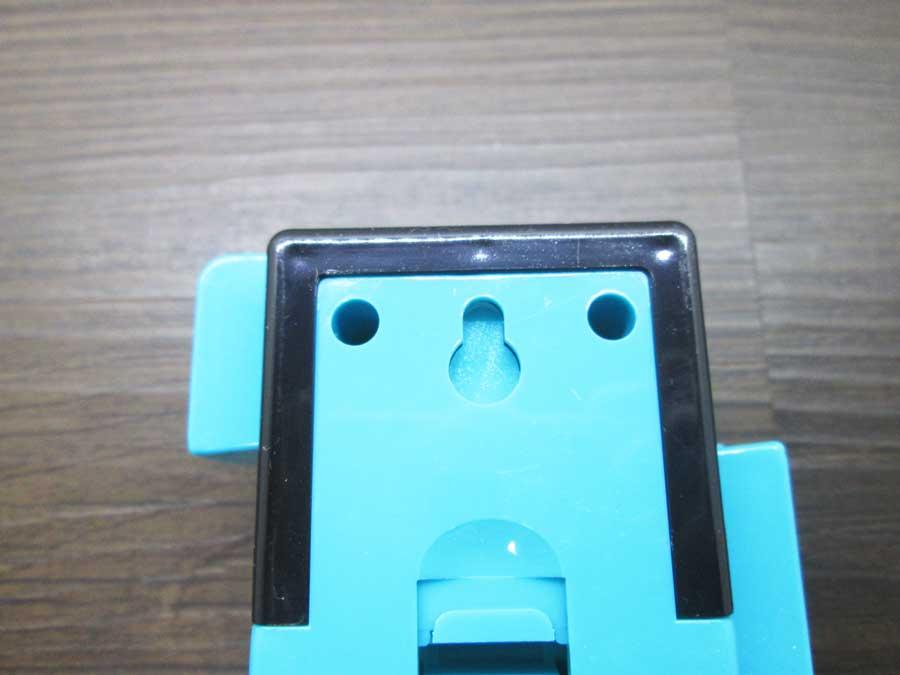 ダイソー 連結ランタン 本体 青色 裏側2