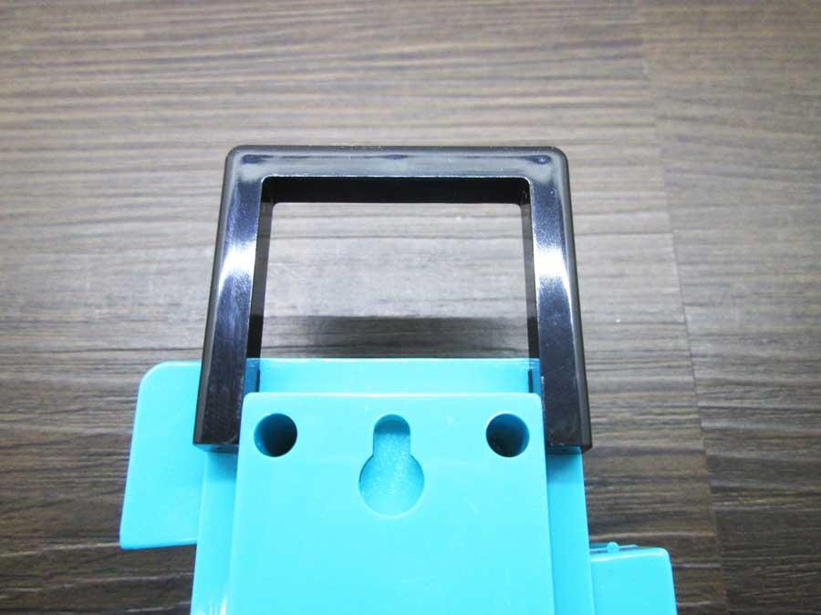 ダイソー 連結ランタン 本体 青色 裏側3