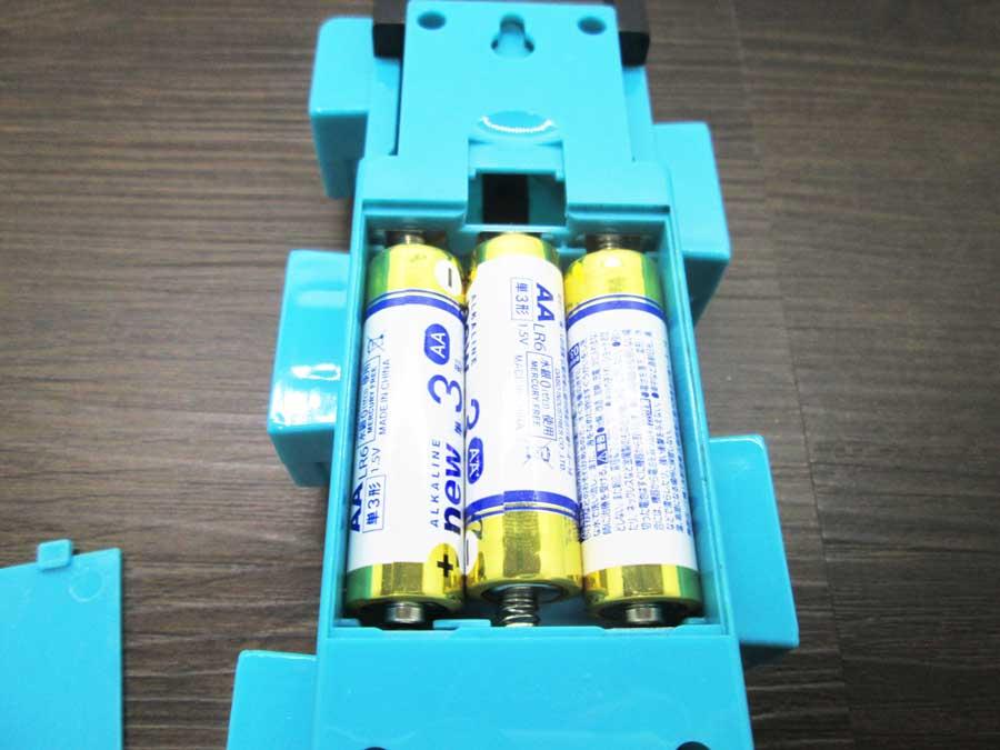 ダイソー 連結ランタン 本体 青色 単三乾電池2