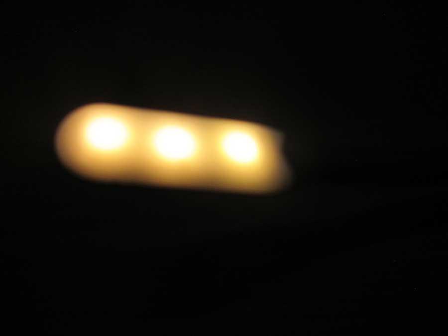 ダイソー USBタッチセンサーライト モバイルバッテリー6