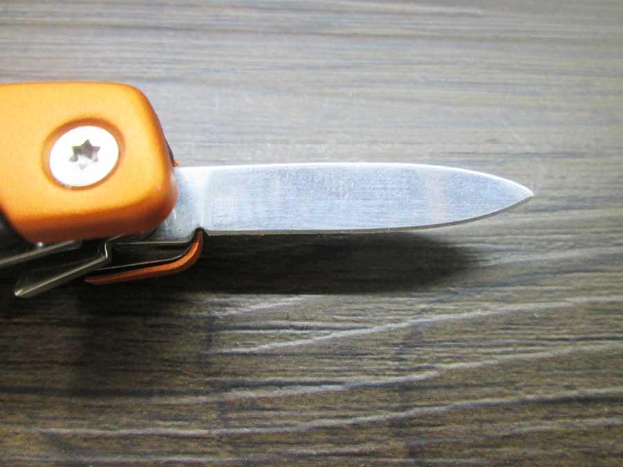 ダイソー 300円マルチツール ミニナイフ1