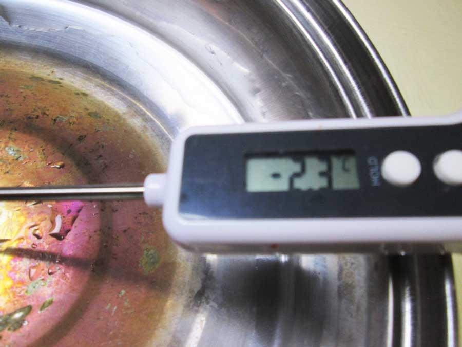 ダイソー デジタルキッチン温度計 ドライアイス2