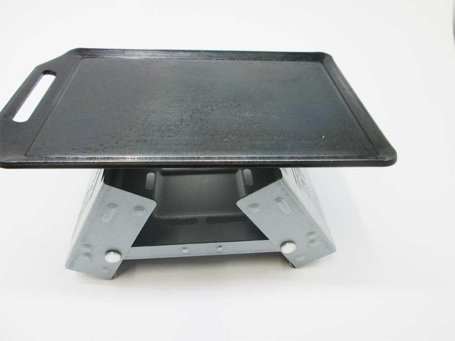 セリア ミニ鉄板 固形燃料ストーブ(ポケットストーブ)3