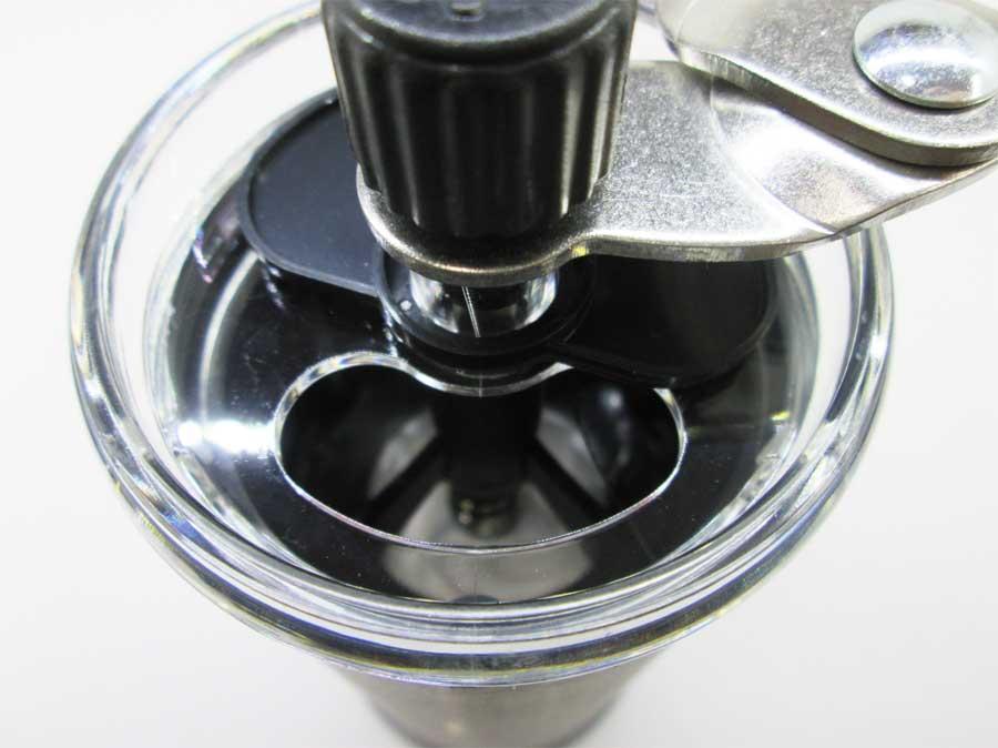 キャンドゥ コーヒーミル パッケージ 本体3