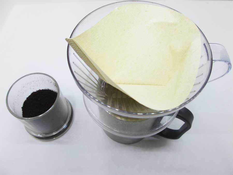 キャンドゥ コーヒーミル パッケージ 本体34